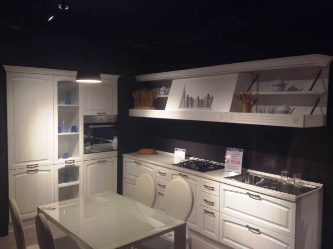 Offerta cucina midacharme vendita di offerte di mostra a for Cucine di marca in offerta