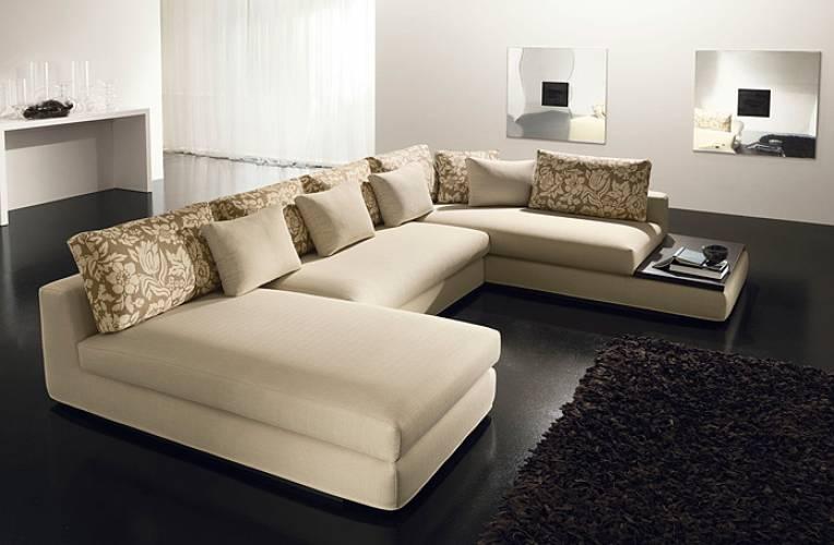 Divano moderno freedom vendita di divani a roma for Divani moderni con penisola