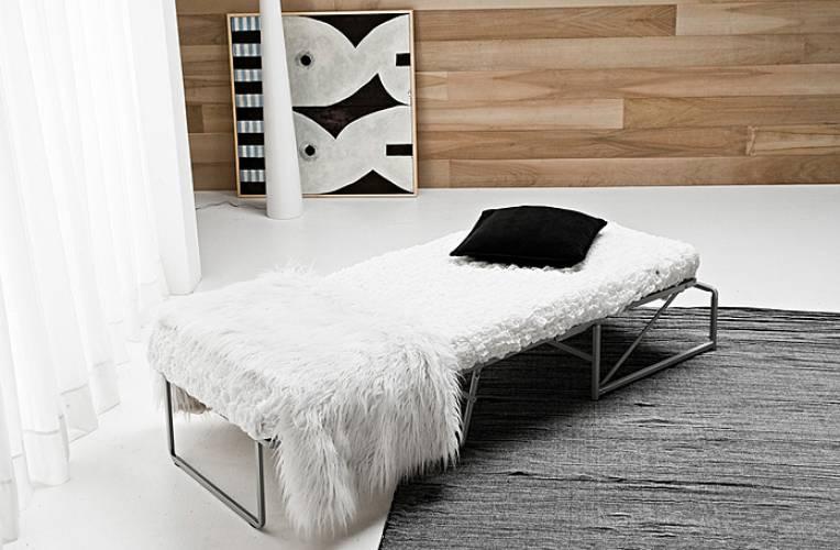 Pouff letto vendita di divani a roma - Offerte pouf letto ...
