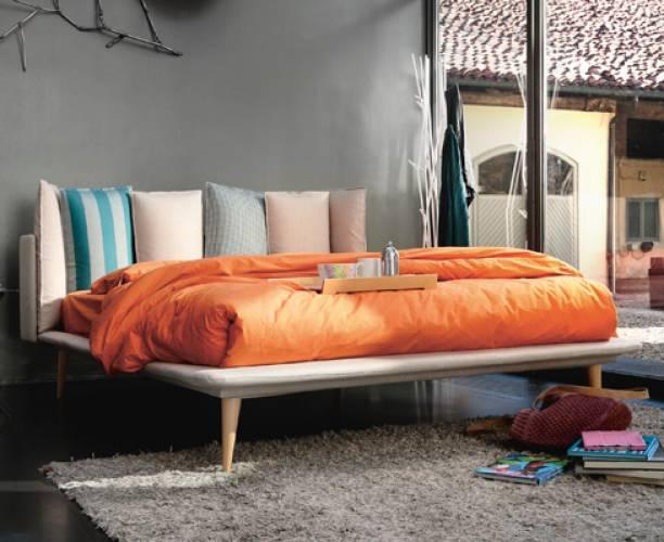 Letti Di Design In Offerta : Offerte divani torino luxury beautiful divani letto con